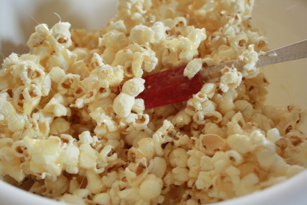 popcorn-mix