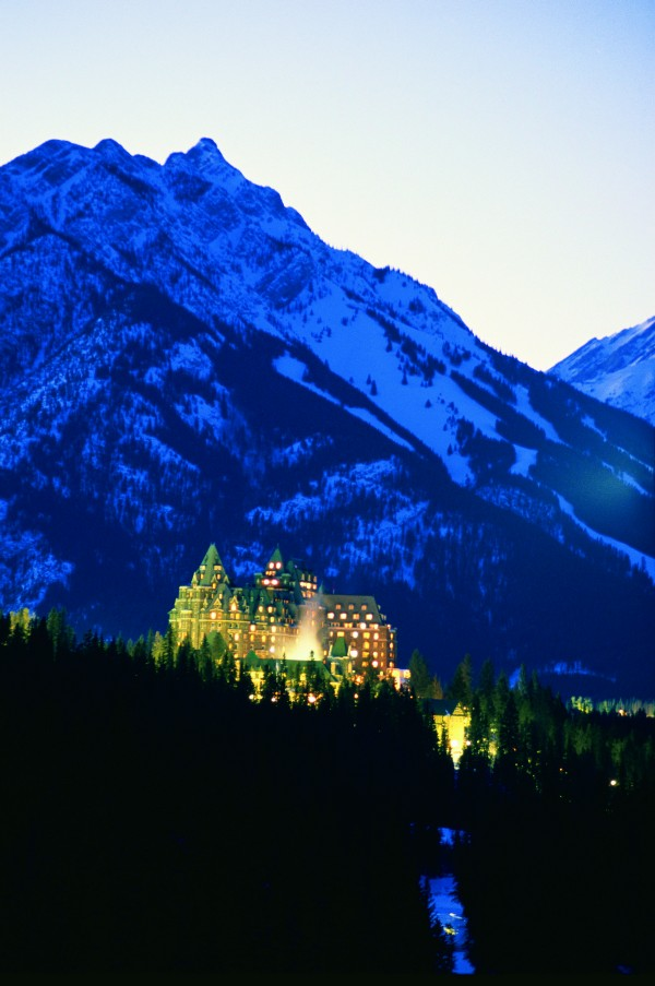 Banff Lake Louise Tourism / Fairmont Hotels & Resorts