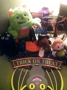 Fun decor for Halloween from Hallmark #LoveHallmarkCA