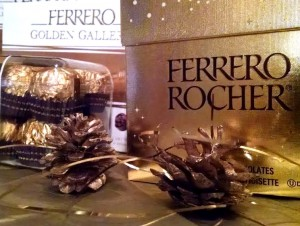 Capture the Holidays with Ferrero Rocher #FerreroMoment