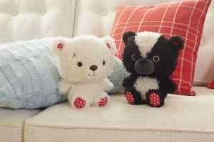 Cuddles to Share Bear or Love Is in the Air Skunk - $7.95