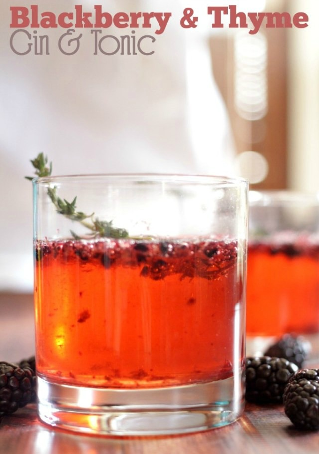 blackberry-thyme-gin-tonic