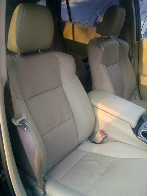acura-front-seats