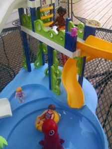 PLAYMOBIL Water slide