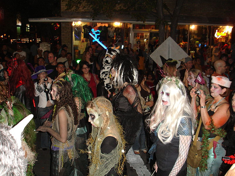austin_halloween_in_the_streets