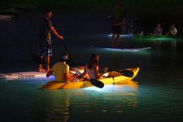 light-the-night-kayaking-tour-vancouver_260