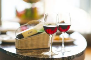 A Guide To Enjoying Red Wines In Summer