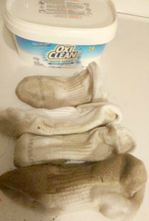 Take The Oxiclean Challenge Love Your Clothes Again