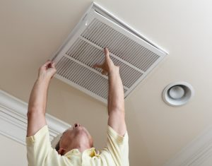 Why You Should Schedule AC Tune Up Maintenance This Spring